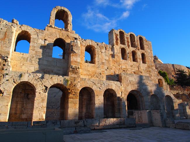 El Odeón de Herodes Ático fue construido en el año 161.