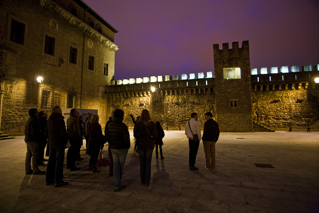 Visita nocturna a las murallas