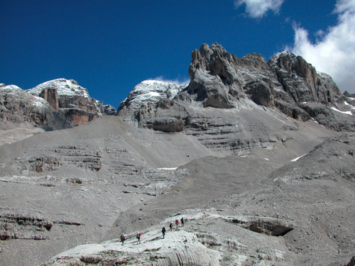 Sendero de los XII Apostoli ,Brenta Dolomite, Adamello Brenta National Park, Trentino.